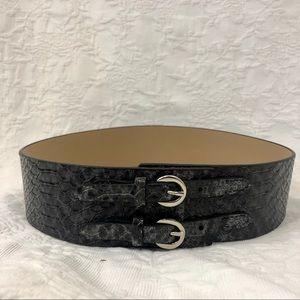 Snakeskin wide band belt